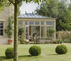 Sunroom Orangerie Extension, Extension Veranda, Conservatory Extension, Conservatory Design, Conservatory Garden, Outdoor Rooms, Outdoor Living, Home Dance Studio, Ideas Terraza