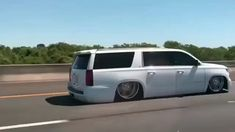 Sick suburban skating down the highway. This is the way to travel! Chevy, Chevrolet, Bagged Trucks, Ways To Travel, Custom Trucks, Hoe, Skating, Sick, Texas