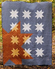 Featuring Ben from Huntspatch Quilts: New Star Rising on Amys Creative Side . Flag Quilt, Patriotic Quilts, Star Quilt Blocks, Star Quilts, Easy Quilts, Lone Star Quilt, Quilting Projects, Quilting Designs, Sewing Projects
