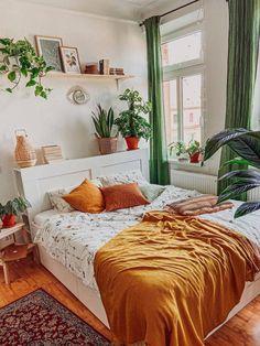 Room Ideas Bedroom, Home Decor Bedroom, Dream Rooms, Dream Bedroom, Cozy Room, Aesthetic Bedroom, My New Room, Room Inspiration, Warm Bedroom Colors