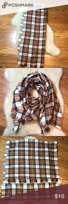Flannel blanket scarf Flannel blanket scarf, very soft, like new, great condition! One size. Feel free to ask questions 🙂 Accessories Scarves & Wraps