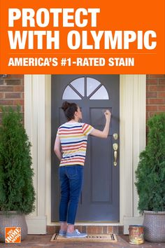 Get beauty and durability in just one step when you stain your front door with Olympic Elite Sta&; Get beauty and durability in just one step when you stain your front door with Olympic Elite Sta&; The Home Depot homedepot Outdoor Living […] videos steps Exterior Paint Schemes, Exterior Stain, Exterior Front Doors, Exterior Paint Colors For House, Paint Colors For Home, Door Paint Colors, Painted Interior Doors, Painted Doors, Interior Paint