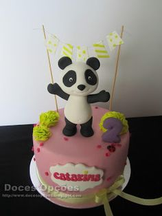 Doces Opções: O Panda no Aniversário da Catarina Panda Birthday Party, Birthday Cakes, Birthday Parties, Bolo Sofia, Panda Cakes, Babys, Cake Toppers, Biscuits, Party Ideas