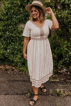 This modest midi dress is great for everyday summer wear! Look beautiful with ease in this amazing modest dress! Shop all our modest dresses today! Modest Dresses, Modest Outfits, Modest Fashion, Boho Fashion, Girl Fashion, Hippie Dresses, Maxi Dresses, Fashion Styles, Cute Dresses