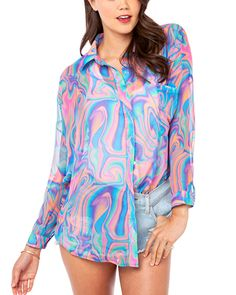 This multicolor chiffon abstract pattern print blouse has asquare collar with long sleeves.The casual style features loose hemline. Paisley, Harajuku, Chiffon Shirt, Daily Fashion, Woman Fashion, Blouse, Arm, Shirts, Street Style