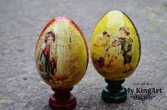 10cm  polystrene eggs on stand