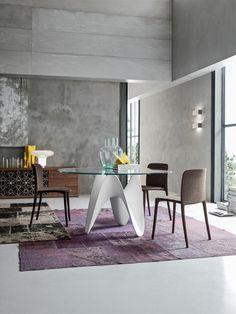 Tavolo modello tokio by tonin casa tavolo allungabile con for Piani di casa in tudor