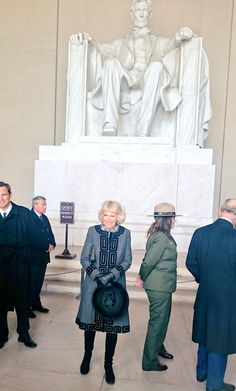 Clarence House Twitter: Visit to the United States, March 18, 2015-The Duchess of Cornwall in front of the Lincoln Memorial