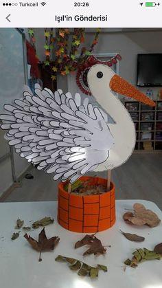 Bird Crafts, Diy And Crafts, Arts And Crafts, Paper Crafts, Diy For Kids, Crafts For Kids, Bird Theme, Art N Craft, School Decorations