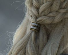 Find images and videos about hair, blonde and game of thrones on We Heart It - the app to get lost in what you love. Daena Targaryen, Elias Und Laia, Game Of Thornes, Coiffure Hair, None, Yennefer Of Vengerberg, The Ancient Magus Bride, Elfa, Throne Of Glass