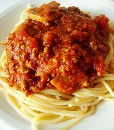 Homemade Spaghetti Sauce…………………. EVOO, onion, red pepper, 2 lbs hamburger, garlic, tomato paste (12oz), kosher salt, black pepper, dried oregano, dried basil, dried thyme, Italian-style diced tomatoes (28oz), crushed tomatoes (56oz), 1 carton fresh mushrooms (optional), beef stock or beef broth (1.5 cups), brown sugar, 2 bay leaves, balsamic vinegar