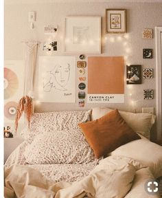 Perfect Idea Room Decoration Get it Know - Interior - Apartment Decor My New Room, My Room, Aesthetic Room Decor, Cozy Aesthetic, Orange Aesthetic, Home And Deco, Dream Rooms, Dream Bedroom, Home Bedroom
