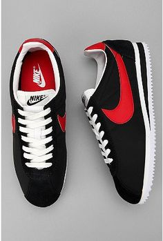 Nike Classic Cortez Sneakers-Red & Black