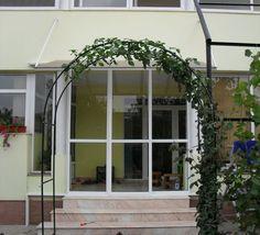 Usi glisante / Oltenita / Calarasi Furniture, Home Decor, Decoration Home, Room Decor, Home Furnishings, Home Interior Design, Home Decoration, Interior Design, Arredamento