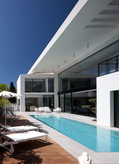 modern architecture - pitsou kedem architects - haifa house - haifa - israel - exterior view - swimming pool