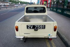 Minimac - Photographed In Cork City (Albert Quay): Minimac is on the back but I cannot find any reference to this variation of the mini so I am assuming that it is a mini pickup.