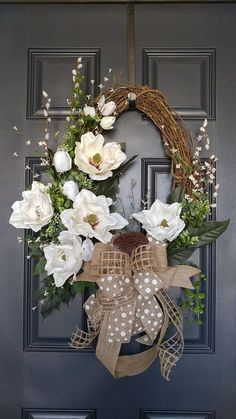 Signature Magnolia Wreath, Spring Magnolia Wreath Magnolia wreaths are one of the most beautiful foliage in nature. This elegant magnolia wreath incorporates Wreath Crafts, Diy Wreath, Grapevine Wreath, Wreath Ideas, Tulle Wreath, Magnolia Wreath, Easter Wreaths, Holiday Wreaths, Spring Front Door Wreaths