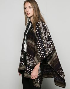 Mirror detail cape. Discover this and many more items in Bershka with new products every week bers.hk/ 9342494