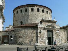 van valkenburg castle   Piazza Della Loggia - Foto van Brescia Castle, Brescia - TripAdvisor