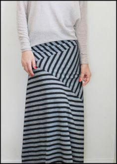 57+ Stunning Pattern Skirt Collections To Increase Your Confidence https://montenr.com/57-stunning-pattern-skirt-collections-to-increase-your-confidence/