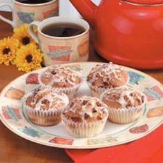 simple coffee cake muffins, soooo yummy!