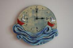 Keramické hodiny moře Originální keramické hodiny dekorované oxidy a glazurou na jednu tužkovou baterii. Průměr hodin je 30 cm.