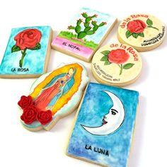 #sugarcookies by #aliciasdelicias #handpainted #cookies #mexi #mexicanstyle #rosa #luna #loteria #mazapan #feelingblessed # #galletas #galletasdecoradas #mexicookies