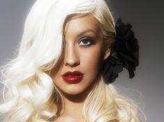 celebrity portrait: christina aguilera