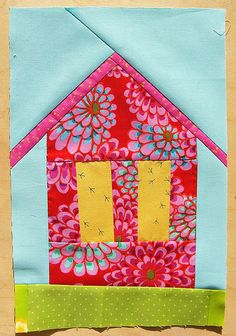 House Block, Quilting Block 2 Easy and fun looking house block! House Quilt Patterns, House Quilt Block, Paper Piecing Patterns, Quilt Block Patterns, Quilt Blocks, Cute Quilts, Small Quilts, Mini Quilts, Quilting Projects