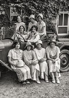 U.S. Rock Creek Park scenes, young women in automobile, Washington, D.C. 1924.