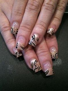 simple elegance Nail Art Gallery