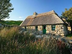 17th Century Thatched Cottage in Cnoc Suain - Award Winning Connemara RetreatVacation Rental in Spiddal Area from @homeaway! #vacation #rental #travel #homeaway