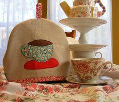 Happy cup tea cozy | von Quilted Cupcake
