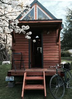 Hand Built Point Robinson Cabin Constructed With Zero Prior Experience. #TinyHouseforUs