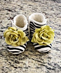 Rose Baby Booties