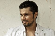 Randeep Hooda Biography, Age, Weight, Height, Like, Friend, Birthdate