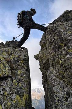 Orla Perć opis i zdjęcia szlaku, trasa, szczyty, przełęcze, trudności - Poznaj Polskę