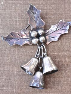 Sterling Silver Taxco Mexico Christmas Brooch by Threadbender64,