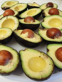 How to freeze avocados to keep them fresh for up to 6 months!