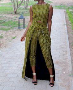 Afrique / Ankara print combinaison avec cape taille, barboteuse africaine de monobloc de Ankara vêtements, combinaison, de l