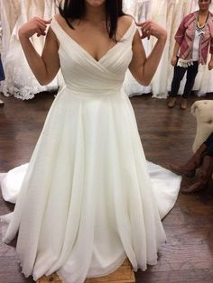 Sexy Off Shoulder Sleeves Plus Size Wedding Dress.The professional tailors from wedding dress manufacturer custom this plus size wedding dress with any sizes and many other colors.Contact us to shop curvy wedding dress online. Plus Wedding Dresses, Custom Wedding Dress, Elegant Wedding Dress, Tulle Wedding, Bridal Dresses, Bridesmaid Dresses, Prom Dress, Wedding White, Cruise Wedding Dress