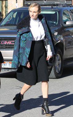 Diane Kruger w bluzce Chloe blouse,  spódnicy Chanel i płaszczu od  Stelli McCartney  #nacomaszochote http://boutiquelamode.com/
