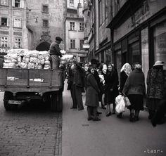 Bratislava, Arches, Prague, Old Photos, Milan, Street View, Retro, Illustration, Old Pictures