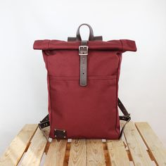 Canvas backpack/ Canvas rucksack/ Waterproof backpack/ Laptop backpack/ Travel backpack/ School backpack/ Phestyn Color: Wine Size when rolled: 43x30x12 cm. (17*12*4.7 inches) PRODUCT...