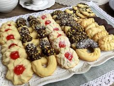Sweets Recipes, Fruit Recipes, Cookie Recipes, Italian Bakery, Romanian Food, Italian Cookies, Christmas Desserts, Cakes And More, Biscuits