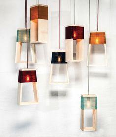 suspensions en bois et laine colorée créations de K-O-N-T-O Studio.