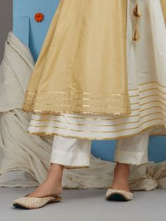 Off White Cotton Silk Pants Kurti Neck Designs, Kurti Designs Party Wear, Salwar Designs, Blouse Designs, Pakistani Dress Design, Pakistani Dresses, Indian Dresses, Indian Outfits, Ethnic Outfits