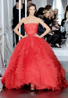 when in doubt, wear red... Dior red!