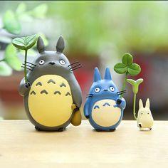 Totoro Mit Blatt Mini Figur Spielzeug Studio Ghibli Miyazaki Hayao Mein Nachbar in Sammeln & Seltenes, Comics, Manga & Anime | eBay!