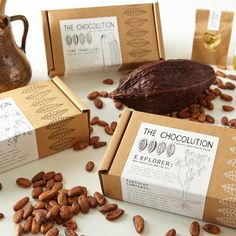 Botanist (Cacao Bean Exploration Kit) - Yumbles.com In this kit you will find a selection of 4 of the world's finest cacao beans for you to roast, taste-test and experiment with in 7 different ways. Contents: Information and recipe leaflet 100ml Sweet freedom: 100% natural sweetener 50g Arriba beans: Heirloom variety, Ecuador 50g Criollo beans: Creole variety, Peru 50g Trinitario beans: Millot plantation, Madagascar 50g Trinitario beans: Carupano Corona, Venezuela